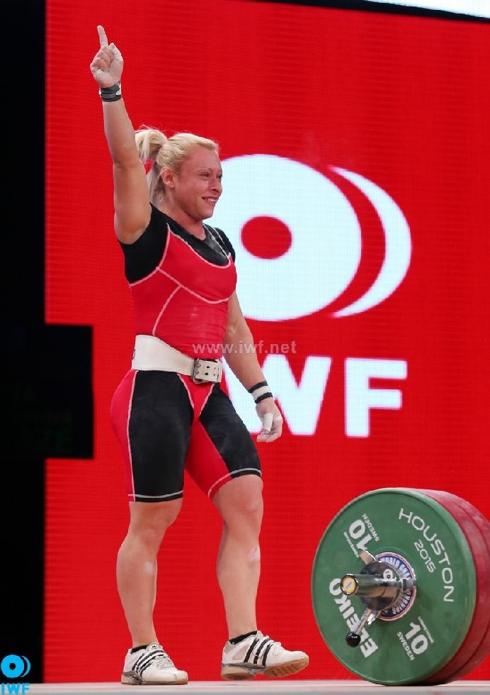 Боянка Костова - световен шампион по щанги